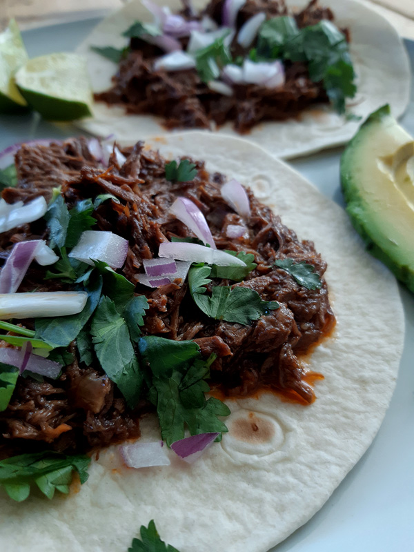 slow beef barbacoa mexicaans